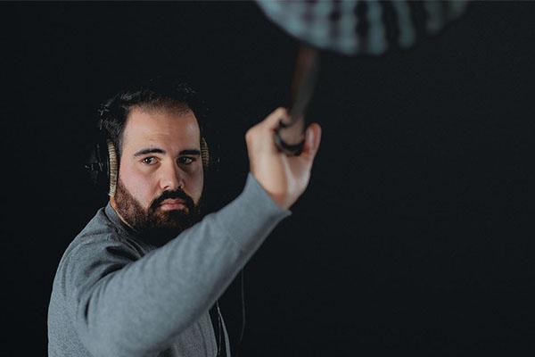 Tontechniker im Einsatz: Angeln am Filmset